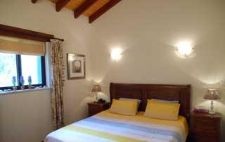 Ruime slaapkamer in vakantiehuis, algarve, portugal