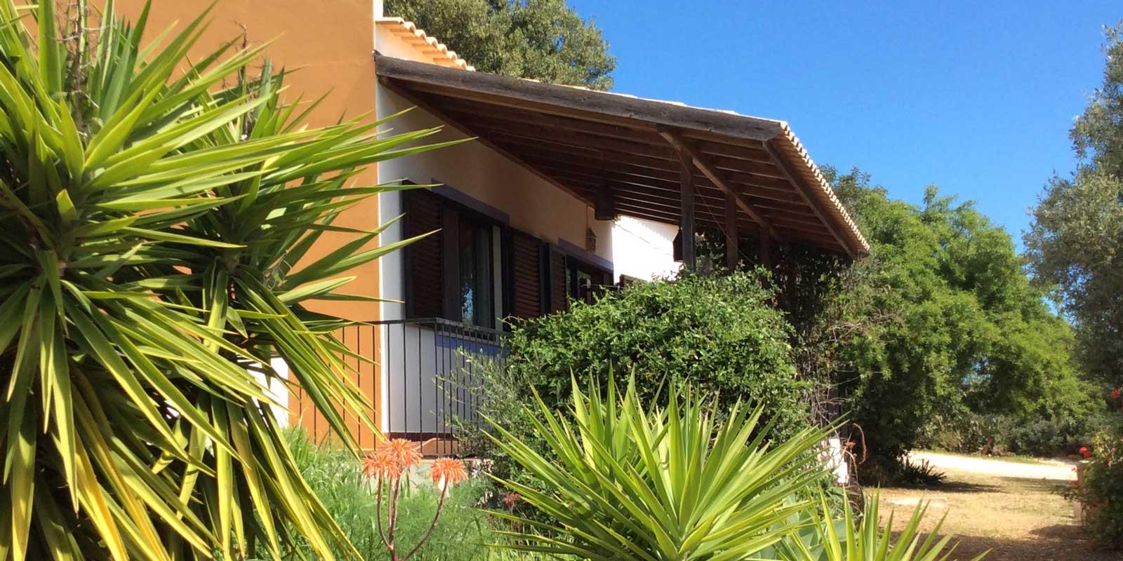 Huis met Portugese planten